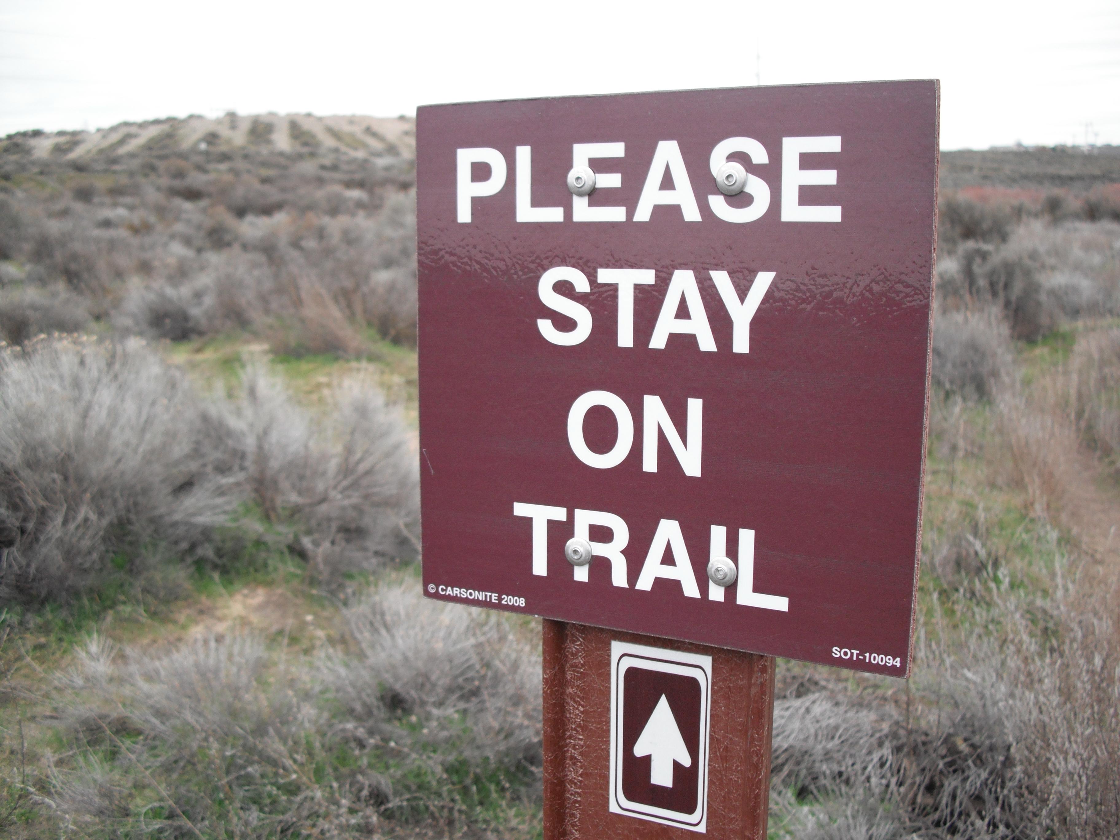 hiking etiquette